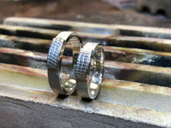 Partnerringe Silber mit Belötung